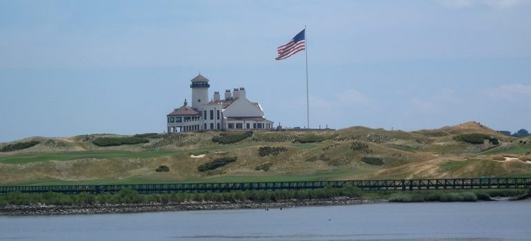 Golf club with a prominent US flag