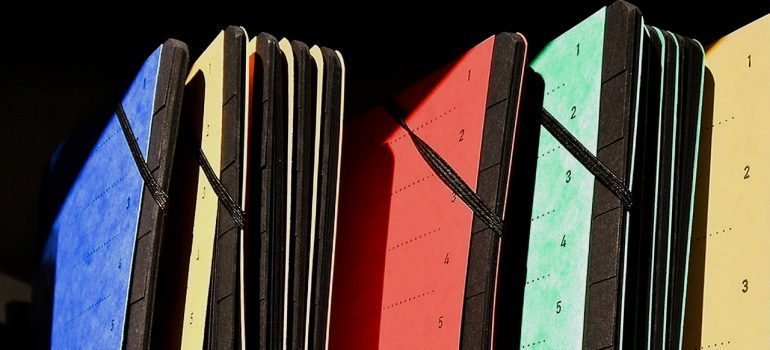 Colored folders - keeping your private information safe during the NJ move