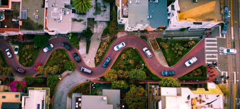 Lombard St, San Francisco, from the perspective of a bird.