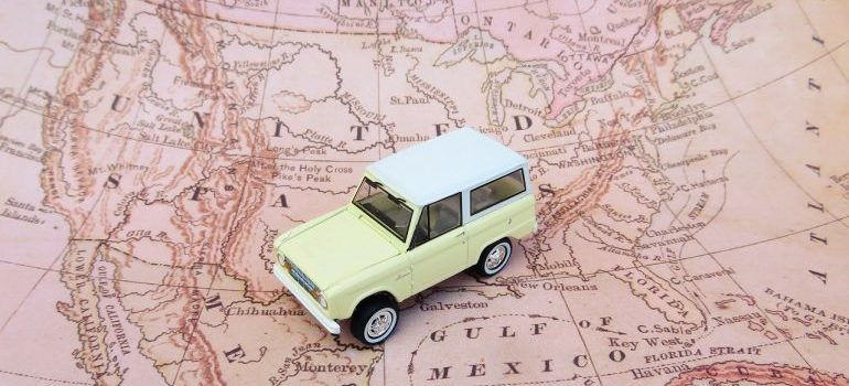 a car on the US map