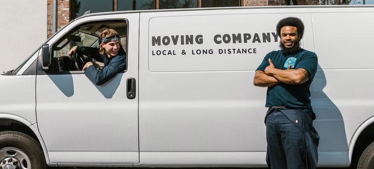 Find movers to help you moving rugs and carpets