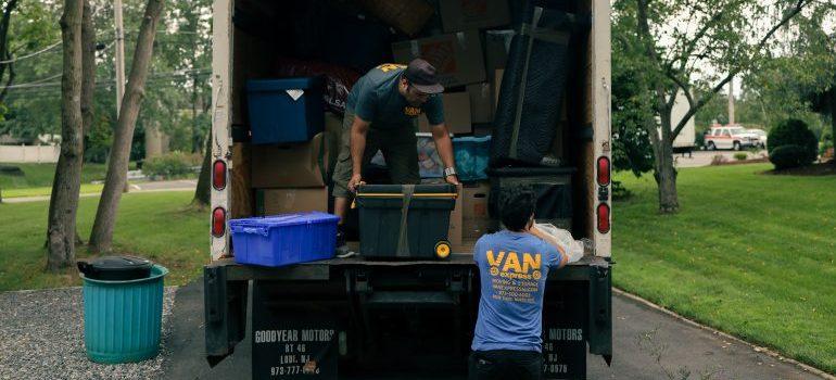 team members of interstate moving companies NJ
